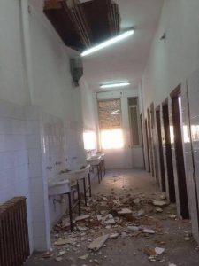 Crollo soffitto scuola a Siracusa