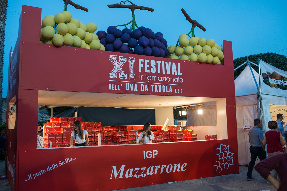 Mazzarrone ct successo per l xi edizione del festival internazionale dell uva da tavola igp - Uva da tavola di mazzarrone ...