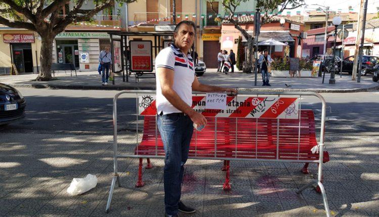 panchina rossa sistemata dopo-attacco vandalico (1)
