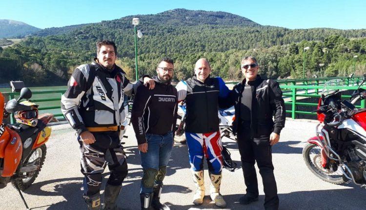 Motociclisti sui Monti Sicani