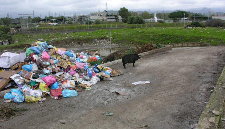 sequestro rifiuti Milazzo (5)