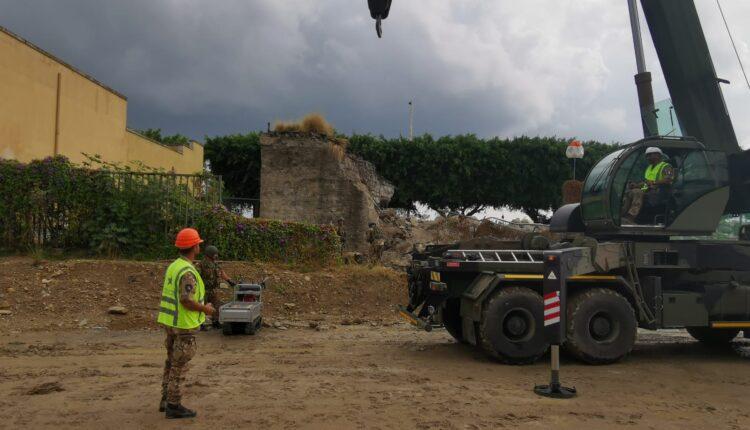 Bonifica Esercito ordigno Palermo 2020 _ La fase che precede lo spostamento della bomba privata della spoletta nella camera d espansione