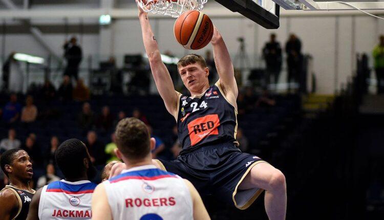 Murray Hendry in azione