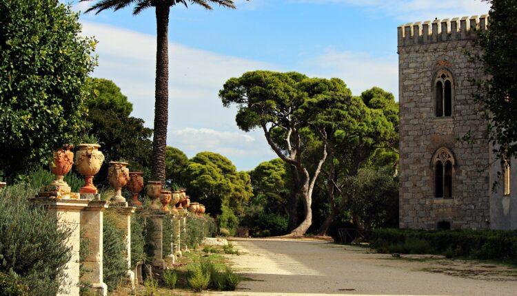RAGUSA_Castello di Donnafugata_scherzi