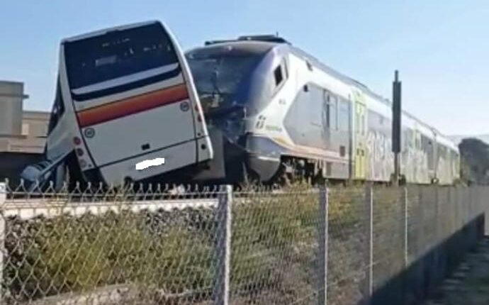 treno vittori