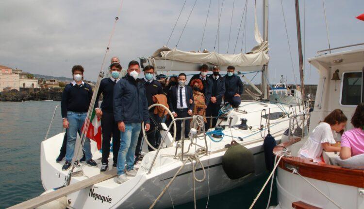 Direttore Urs Sicilia Suraniti visita stamattina Duca degli Abruzzi di Catania (4)