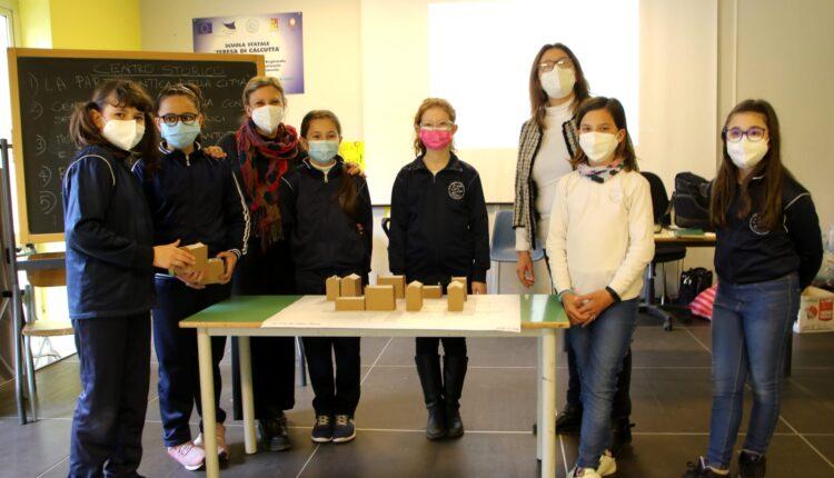 Le terre ed i colori dell'Etna nella scuola Teresa di Calcutta Tremestieri Etneo (3)
