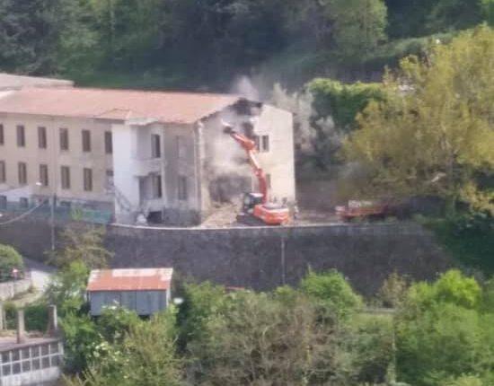 demolizione scuola elementare Tortorici