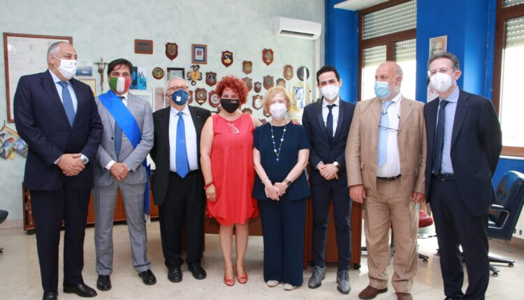 ministro istruzione Patrizio Bianchi visita stamattina Duca degli Abruzzi di Catania (1)