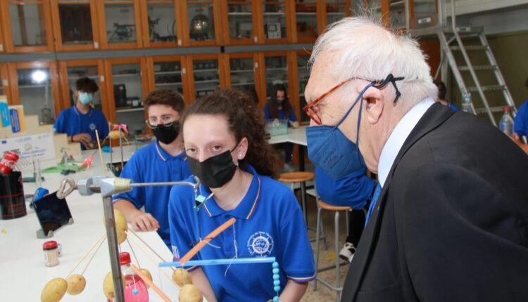 ministro istruzione Patrizio Bianchi visita stamattina Duca degli Abruzzi di Catania (6)