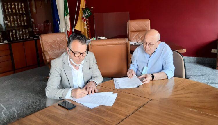 Firrarello e De Luca sottoscrivono il protocollo