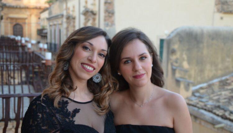 Da sinistra Giulia Mazzara soprano siracusano, Giulia Russo pianista catanese