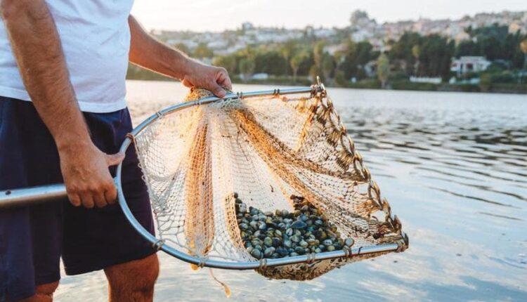 MESSINA _in barca con i cocciulari